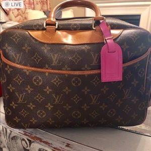 Louis Vuitton deauville bag